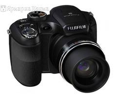 Продам Fujifilm FinePix S1800 HD