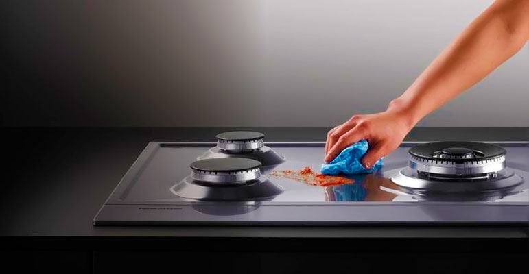 Чем быстро и безопасно очистить газовую плиту?
