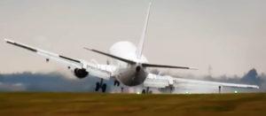 Пилоты Boeing 737-400 предотвратили катастрофу