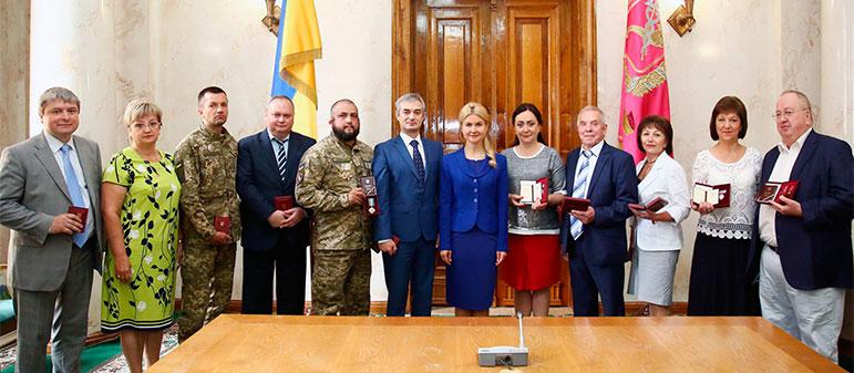Председатель Изюмской РГА получила государственную награду