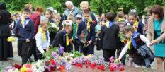 8 мая 2019 года в Изюме отметили День памяти и примирения